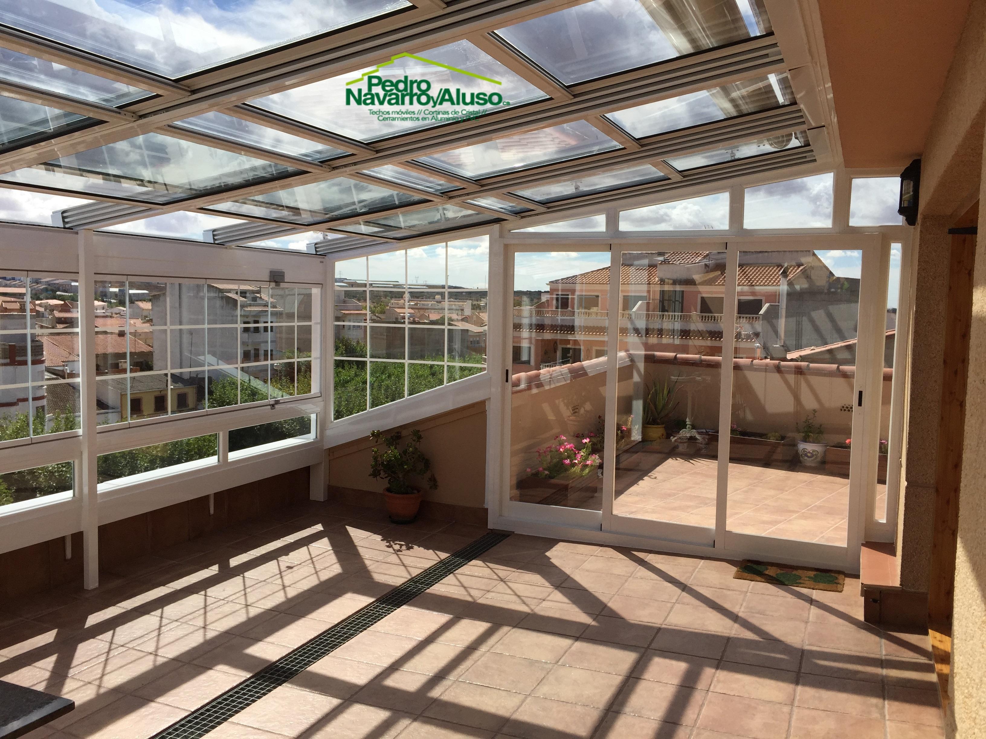techo-movil-toldo-veranda-cortinas-cristal-5